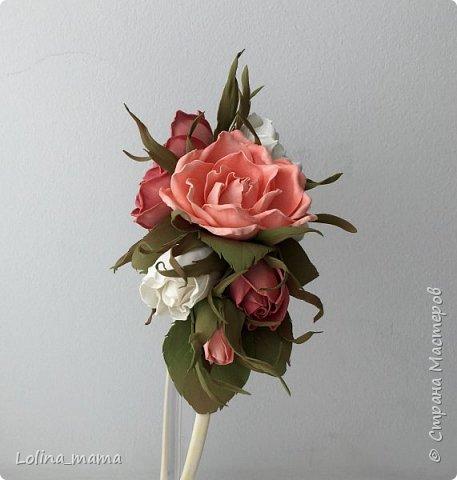 Ободок с розами из фоамирана в коралловых тонах. фото 2