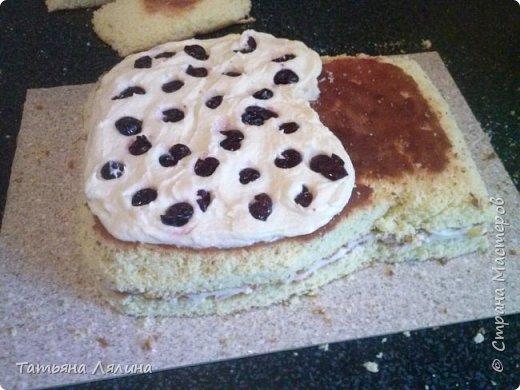 """Всем доброго дня! Хоть я и далеко не профессионал по части тортов, хочу поделиться своим сладким подарком на """"джинсовую"""" свадьбу. Торт планировался смешным и позитивным, в тему оказались именно джинсы фото 4"""