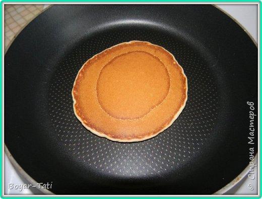 Хочу поделиться с Вами своим рецептом вкусных и ароматных панкейков! Моя семья их очень любит,а готовить их очень просто и быстро! фото 7