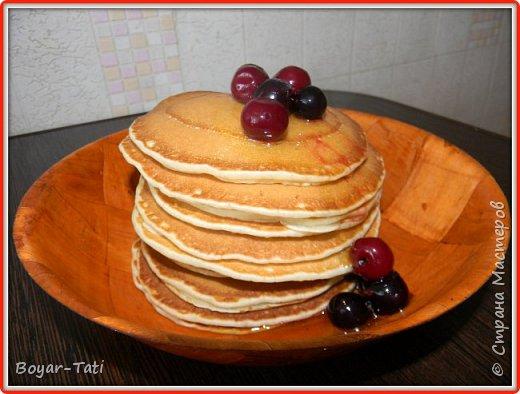 Хочу поделиться с Вами своим рецептом вкусных и ароматных панкейков! Моя семья их очень любит,а готовить их очень просто и быстро! фото 1