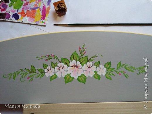 Фрагмент росписи: малышка Ева попросила пчелку))) фото 11