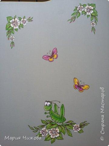 Фрагмент росписи: малышка Ева попросила пчелку))) фото 7