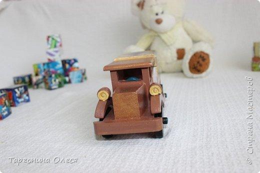 Всем добрый день. Сегодня я с простенькими работами - игрушками машинками. Использованные материалы: краска, распечатка, лак. фото 6