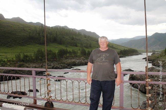 Всем здравствуйте! Продолжаем путешествие. Мы приехали в Чемал и сразу на мой любимый берег. Мы всегда по приезду приходим на берег Катуни и перед отъездом мы тоже всегда с ним прощаемся. А сегодня я пришла с ним поздороваться. фото 67