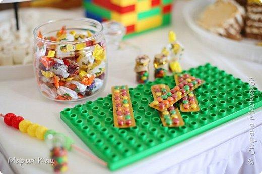 Поделюсь деталями сладкого стола на детском празднике, в стиле Lego. фото 5