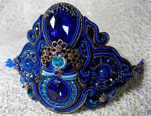 Собрала кристаллы,камушки ,бусинки синих оттенков фото 17