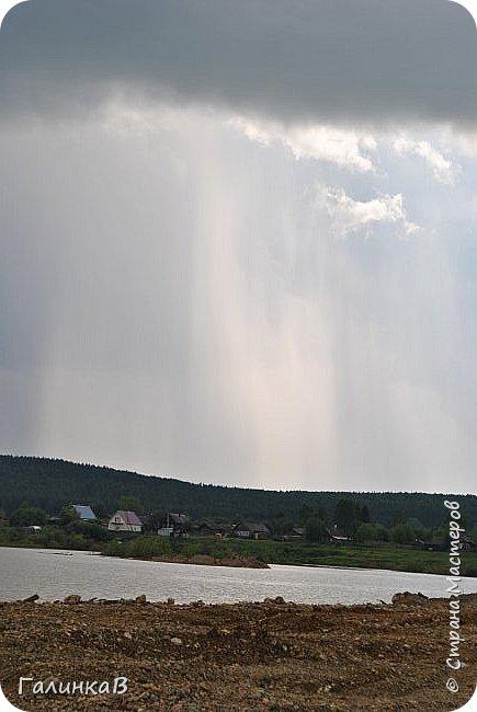 Сегодня, дорогие мои, приглашаю вас на прогулку по городу Нижняя Тура, который находится на северном Урала, в трех часах езды от Екатеринбурга где живет мой папа и где я побывала этим летом. Нижнетуринский пруд. фото 3