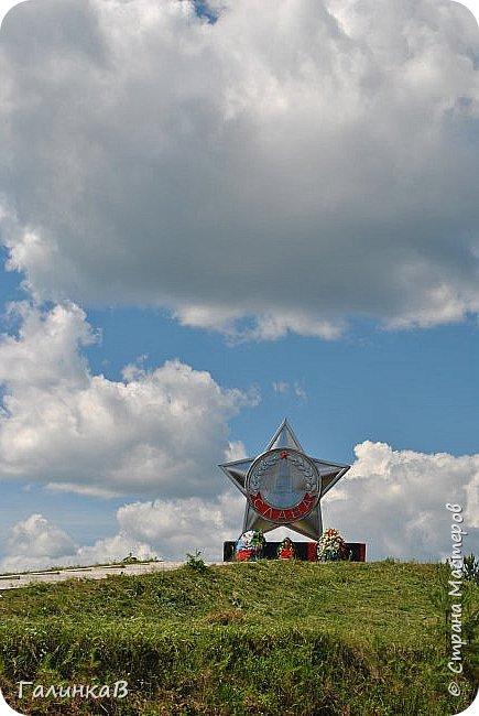 Сегодня, дорогие мои, приглашаю вас на прогулку по городу Нижняя Тура, который находится на северном Урала, в трех часах езды от Екатеринбурга где живет мой папа и где я побывала этим летом. Нижнетуринский пруд. фото 6