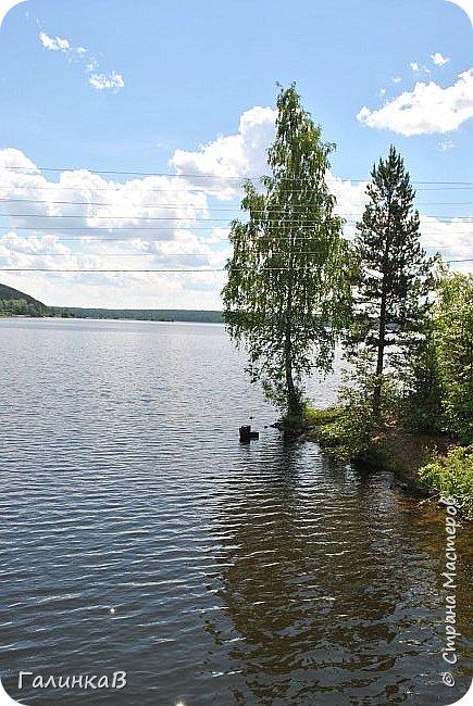 Сегодня, дорогие мои, приглашаю вас на прогулку по городу Нижняя Тура, который находится на северном Урала, в трех часах езды от Екатеринбурга где живет мой папа и где я побывала этим летом. Нижнетуринский пруд. фото 4