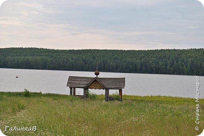 Сегодня, дорогие мои, приглашаю вас на прогулку по городу Нижняя Тура, который находится на северном Урала, в трех часах езды от Екатеринбурга где живет мой папа и где я побывала этим летом. Нижнетуринский пруд. фото 23