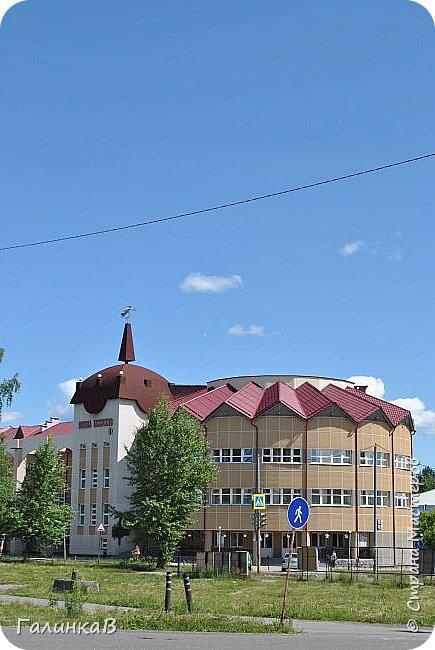 Сегодня, дорогие мои, приглашаю вас на прогулку по городу Нижняя Тура, который находится на северном Урала, в трех часах езды от Екатеринбурга где живет мой папа и где я побывала этим летом. Нижнетуринский пруд. фото 30