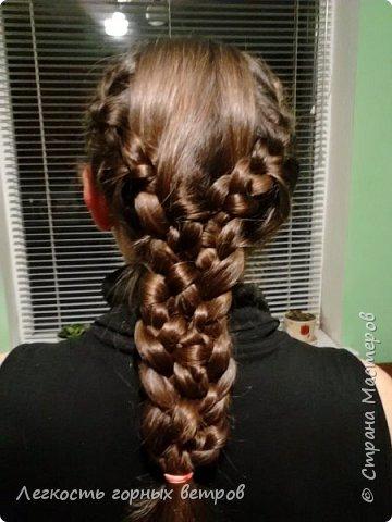 По бокам заплетен обычный колосок, который переходит в двойную косу. Если кому-то будет интересно выложу мастер-класс по двойной косе.