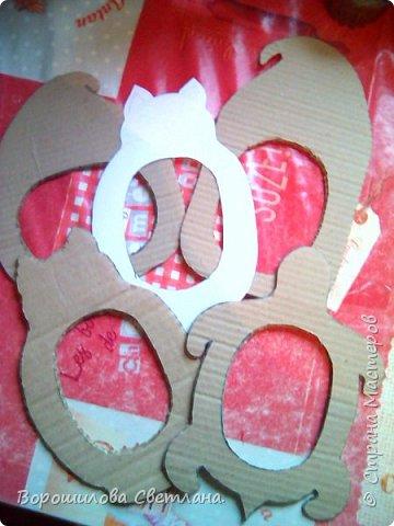 Материалы:соленое тесто, картон,гуашь,пва,лак.магнитная лента. Размер рамочек:высота-11см,ширина-7 см. фото 14
