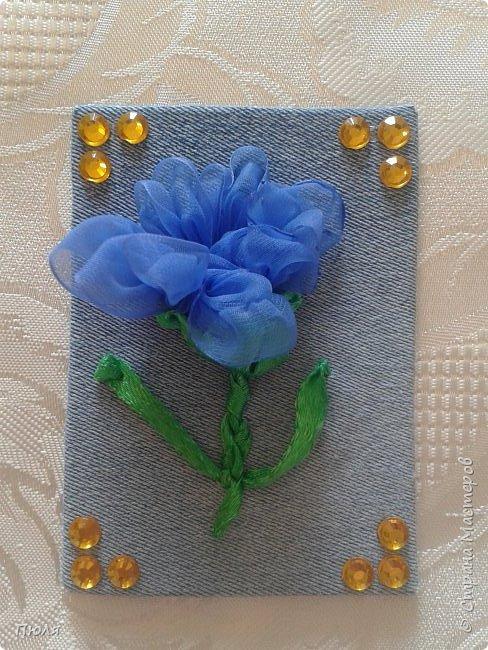 """Привет всем, вот такие карточки АТС """"Цветы"""" получились у меня))) Осваивала новую для себя технику - вышивание лентами, надеюсь цветочки получились узнаваемы))))Выбирают только участники обменника http://stranamasterov.ru/node/1040245?c=favorite.  Это все вместе. фото 7"""