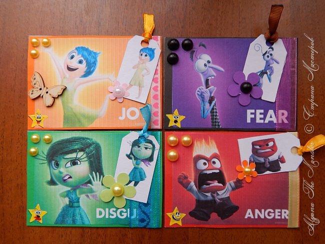 """Приветствую всех жителей Страны Мастеров! Представляю свои карточки на второй этап АТС-игры, тема которого - """"Чувства/эмоции"""". Со словом """"эмоции"""" у меня ассоциируются персонажи из мультфильма Головоломка. Всего персонажей пять - Радость, Страх, Брезгливость, Гнев и Печаль. Карточек я тоже сделала пять, но выкладываю только четыре, потому что мой любимый персонаж - Печаль, остается дома. Карточки ТОЛЬКО для участников игры! фото 1"""