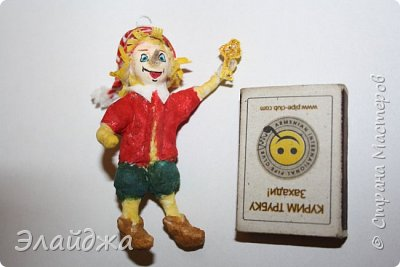 Привет всем жителям СМ!Выношу на Ваш суд свою ватную игрушку на создание которой меня вдохновила замечательный мастер Симакова Оля http://stranamasterov.ru/user/390706. Её работами я всегда восхищалась, Спасибо Олечка за подробные МК ! фото 1