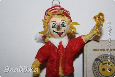 Привет всем жителям СМ!Выношу на Ваш суд свою ватную игрушку на создание которой меня вдохновила замечательный мастер Симакова Оля https://stranamasterov.ru/user/390706. Её работами я всегда восхищалась, Спасибо Олечка за подробные МК ! фото 4