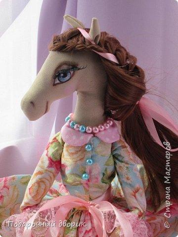 Текстильная лошадка-Изабель. Очень нежная девочка.Ростом 50 см. фото 2