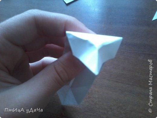 Я очень люблю придумывать оригами! Сегодня я расскажу вам как сделать вот такого пингвинёнка. фото 8