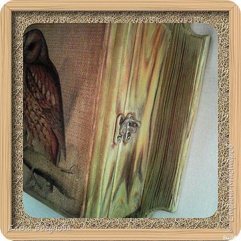 Вот такая ключница,,Совуня'', заготовка из сосны,применила обжиг с брашем,тонировка акрилом,сверху покрыта воском,очень приятная на ощупь фото 2