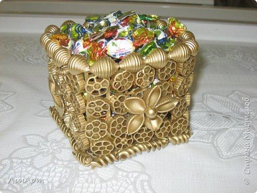 Декоративная поделка из макарон фото 2