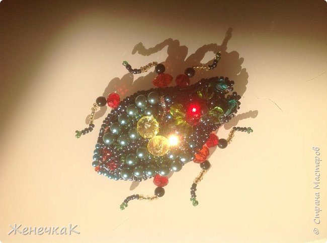Фантазийный жук-брошь для гламурной красавицы.))))) фото 2
