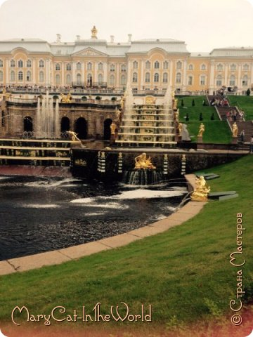 Совершенно недавно я была в Санкт-Петербурге. Вот, показываю вам фотографии с Петергофа. Их немного, но хоть столько. фото 3