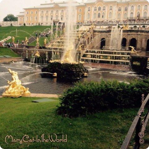 Совершенно недавно я была в Санкт-Петербурге. Вот, показываю вам фотографии с Петергофа. Их немного, но хоть столько. фото 4