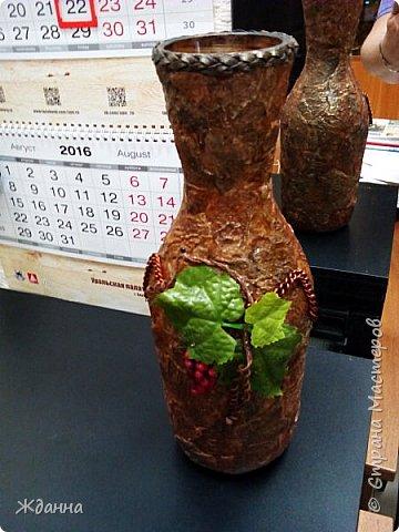 Ваза из бутылки с широким горлышком.  фото 2