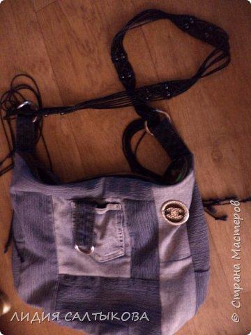еще в начале лета придумались и сшились такие сумочки.... хотелось что-то простого и летнего фото 4