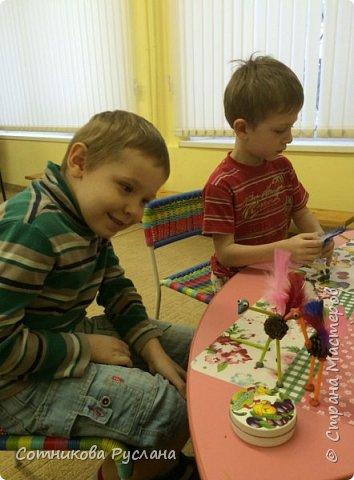 Детские работы из природного и другого различного материала фото 18