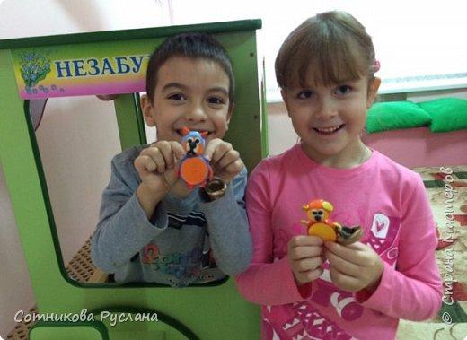 Детские работы из природного и другого различного материала фото 14