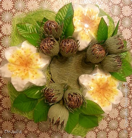 Мои мыльные букеты с лилиями нравятся! http://stranamasterov.ru/node/964611  Попросили меня сделать подобный и желательно с обезьянкой, так как именинник рождён в год Обезьяны. фото 3