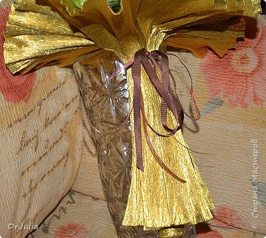 Мои мыльные букеты с лилиями нравятся! http://stranamasterov.ru/node/964611  Попросили меня сделать подобный и желательно с обезьянкой, так как именинник рождён в год Обезьяны. фото 9