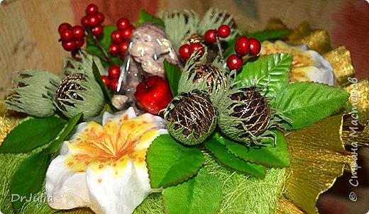 Мои мыльные букеты с лилиями нравятся! http://stranamasterov.ru/node/964611  Попросили меня сделать подобный и желательно с обезьянкой, так как именинник рождён в год Обезьяны. фото 2