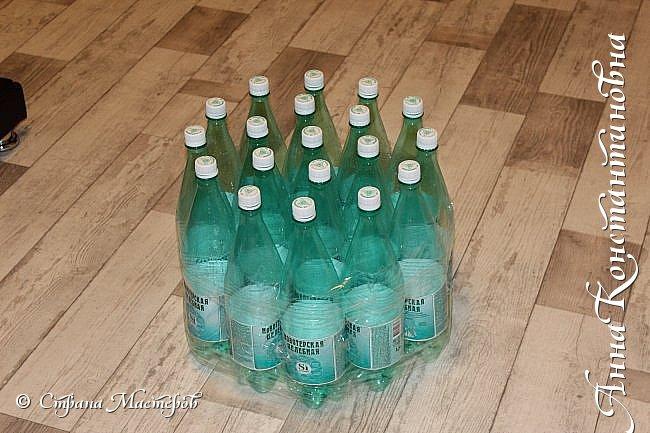 собрала бутылки !обвязала скотчем. фото 1
