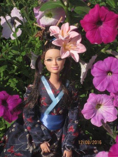 """Здравствуйте, дорогие кукольницы! Сегодня Анастасия решила посвятить себя в японцы и заодно сдать работу на конкурс от прекрасного автора """"Япония"""". Настя настолько увлеклась этой культурой, языком, национальной одеждой, так что я думаю сегодня мне достанется роль переводчика : ) Поехали! фото 3"""