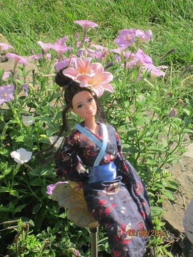 """Здравствуйте, дорогие кукольницы! Сегодня Анастасия решила посвятить себя в японцы и заодно сдать работу на конкурс от прекрасного автора """"Япония"""". Настя настолько увлеклась этой культурой, языком, национальной одеждой, так что я думаю сегодня мне достанется роль переводчика : ) Поехали! фото 8"""
