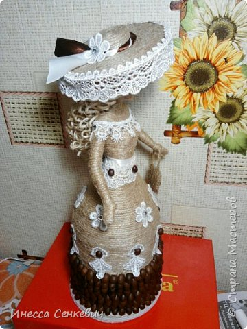 Мои две последние работы - шпагатные куклы. Вдохновитель - Елена Игнатьева http://stranamasterov.ru/node/743359. Только я своих дамочек сделала просто стационарными, без шкатулок. фото 4