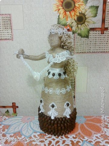 Мои две последние работы - шпагатные куклы. Вдохновитель - Елена Игнатьева http://stranamasterov.ru/node/743359. Только я своих дамочек сделала просто стационарными, без шкатулок. фото 10