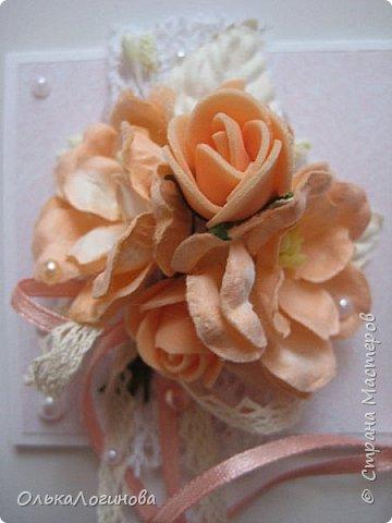"""Доброго дня,Страна!!!А вот и новенькое))конвертик для денежки(подарок на свадьбу).Основа-акварельная бумага,бумага для скрапбукинга от Fleur Design коллекция """"Романтика"""",лист """"Тиснение Роза""""(очень нежные цвета,именно свадебная бумага),цветочки-магнолии,розочки из фоамирана,листочки,кружево 2-ух видов,крудевная и атласная ленточки на бантике,полубусины-сердечки и жемчужинки,надпись нашлась в запасах хомяка))Заказчице понравилось)) фото 5"""