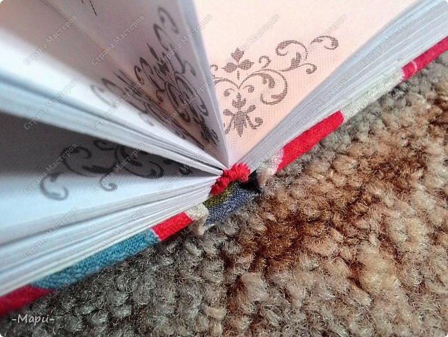 Привет, Страна Мастеров! Этот блокнот кулинарная книга. Формат А5, 90 листов распечатанные на принтере, обложка тканная: хлопок, прошитая на швейной машинке. Блокнот сделала для тёти в подарок. фото 7