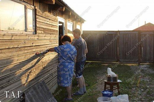 Добрый день, соседи по Стране Мастеров. Лето в этом году у нас оооочень жаркое. 30 градусов в тени. Дожди редкие, но есть. Урожай ягод смородины небывалый. У меня 14 дней отпуска. Половина которого уже прошла.... Но не будем о грустном... Мысль о том, что бы декорировать неприглядную стену напротив окна, давно поселилась в моей голове. Нашла в интернете подходящие схемы, распечатала.  фото 7