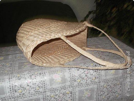 Добрый вечер ! Сплела сумочку для невестки . Трубочки крутила из белой бумаги . Красила трубочки : грунтовка + вода + крутая заварка чая .   фото 7