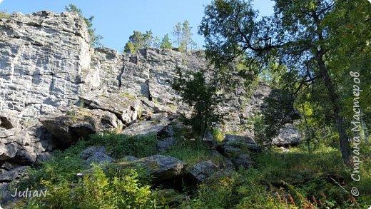 Сегодня ездили на скалы. Они находятся по дороге в Белорецк. фото 3