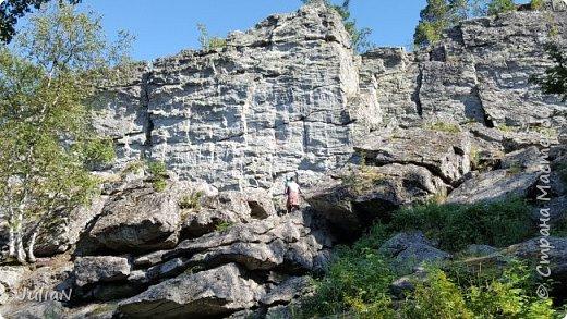 Сегодня ездили на скалы. Они находятся по дороге в Белорецк. фото 4
