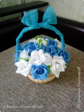 Здравстауйте все!!! Вот такой торт из конфет у меня получился) Делала на юбилей для сестры мужа! (Торт делала впервые) фото 4