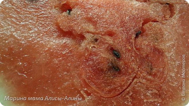 """Лето....... Оно состоит из маленьких кусочков счастья...... Красивые ягоды, а на них клоп)) p.s. узнала, как называются эти ягоды:"""" бузина красная (Sambucus racemosa), которая цветет в апреле – мае зеленовато-желтыми цветами. Плоды вызревают в июле-августе. Особого желания попробовать они не вызывают. Хотя о вкусах не спорят. Употребление ягод бузины красной может cпровоцировать рвоту, а в большом количестве – судороги и отравление.  http://www.park-kosa.ru/cn_o_parke/publikatsii/?ELEMENT_ID=29359 """" фото 28"""