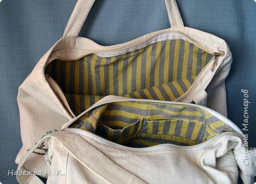 Здравствуйте, доброго времени суток, жители и гости СМ! Сегодня я хочу вам показать свои летние сумочки, сделанные в разное время, но с большой любовью. Особых талантов  в шитье не имею, поэтому модели выбираю простые, при этом больше уделяю внимания отделке. фото 11
