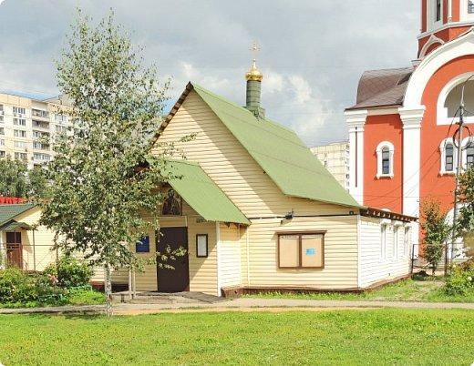 Москва. Церковь Татианы в Люблино (новая) фото 6